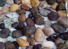 للبيع حجار الكريمة والعقيل ومجموعة انواع مختلف