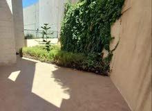 شقة - للايجار - ارضية - مع ترس - 2نوم - ديرغبار