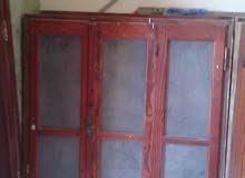 باب خشبي المزخرف