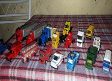 مجسمات سيارات حديد اوربية مشكل من شاحنات  وسيارات كلاسيك