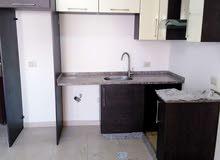 2 نوم شقة فارغة للايجار شارع مكة 300دينار لم تسكن
