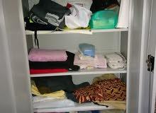 خزانة ملابس للبيع