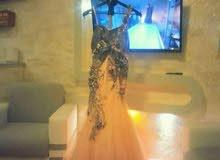 فستان تصميم لبناني