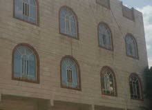 عماره ثلاثه دور وبدروم في حي راقي