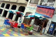 مطعم بيتزا ومناقيش بكامل العدة والديكور في العقبة مطل على البحر