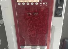 ماكينة نسكافيه  مع غلاية قهوه بحالة الوكاله