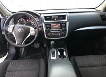 Nissan Altima car for sale 2016 in Barka city