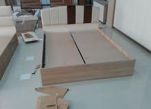 فني تركيب وصيانة الأثاث المكتبي والمنزلي