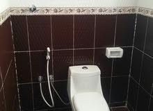 غرفتين مع حمام وكذلك غرفة وحمام في الخوض السادسة