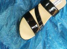 أحذية نسائية للبيع جمله وقطاعي