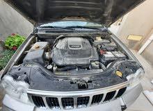 للبيع جيب(شيخ زايد) كندية محرك هيمي 5.7 موديل 2006