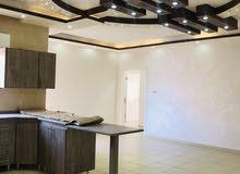 شقة ارضي هاي سوبر ديلوكس للايجار قرب شارع الوطن شبه لم تسكن