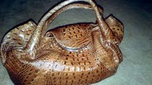 Used Hand Bags in Tripoli