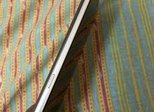 Samsung note 5. ( Golden color)