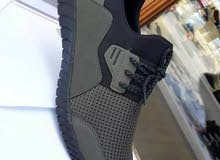 حذاء صيفي خفيف