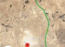 ارض 10دونم في جنوب عمان الذرة حوض الكوم الأحمر