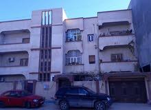 منزل ثلاث ادوار بالقرب من سوق الحايس