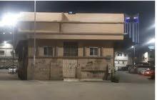 للبيع عماره في حي الفيصليه الطائف