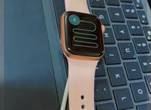 Series 5 Apple Watch,  24Gb الساعة جديدة و عليه