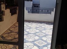 location apartment 3 etage a cite khadra chamber salon cuisine toillet 2 balcone