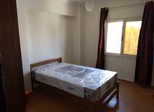 للسيدات والمغتربات غرف جديدة بالاثاث اول سكن امام الرحاب