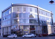 مكاتب و محلات تجاريه للبيع في منطقة السابع مقابل الملكية بعائد اكثر من 9% (شركة رائد خلف للاسكان)