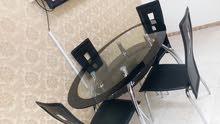 طاولة  سفرة بخالة ممتازة جدا للبيع.