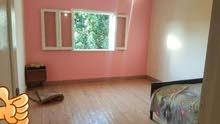 شقة للايجار150م بالمعادى الجديدة شارع الجزائر3غرف نوم و1حمام ومطبخ دو2