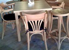 كراسي وطاولات مقهى دمياطي مصري
