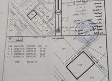 ارض سكنية للبيع في عين وضاح ولاية بهلاء على الشارع مباشرة