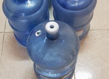 5 قناني ماء سعة 5 غالون