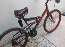 دراجه هوائيه سنوبر صات جنط 26 معها غيارات 7 بحاله الوكاله معاه جناح وقرون وبريك