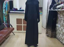 للبيع محل عبايات في سند