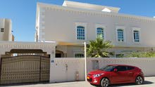 4+1 B/R villa in Azaiba فيلا 4 غرف وغرفة خدم في العذيبة