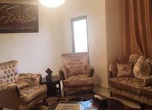 شقة للبيع في السلط-أبو القيقب-مطلة على شارع الستين-مقابل ديوان الرحاحلة القديم