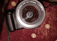 كاميرا كانون 1100Dللبيع نضيفه