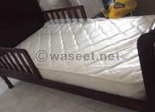 سرير اطفال مع المرتبة ماركة جونيور - مستورد
