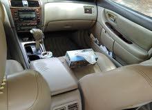 Toyota avalon model. 2000