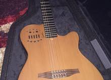 للبيع جيتار اصلي من نوع Godin