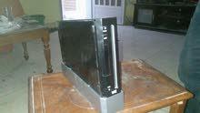 للبيع جهاز العاب فيديو wii  بكامل اكسسواراته الاصلية + هارد ديسك محمل بالعاب