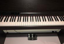 للبيع بيانو
