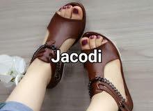 حذاء صيفي رائع ذو جوذة عالية