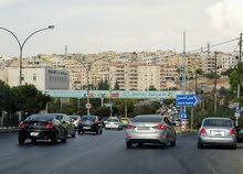 شقة مفروشة للأيجار في مدخل جبل الحسين مقابل مستشفى الأستقلال
