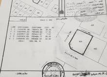 للبيع ارض سكنية كورنر ممتازة في الاشخرة الثانية تبعد 600متر عن البحر