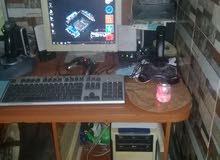 كمبيوتر جيد جدا المواصفات كرت شاشة 2 جيجا بايت رام 4 جيجا بايت المعالج كور2كواد الهارد 390 جبجا بايت