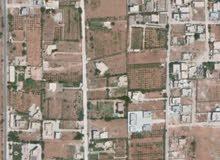 قطعة ارض في شارع المركبات بعد مديرية الأمن 500م