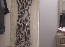 فستان فخم