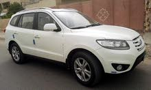 Hyundai Santa Fe 2010 For sale - White color