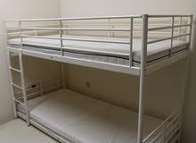 سرير ثلاثي للبيع