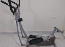 جهاز للياقة البدنية ممشي